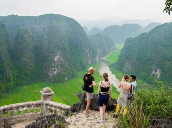 Ninh Binh – Hoa Lu – Mua Cave  – Tam coc