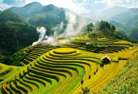 Sapa Trekking Tour (2days/1night) sleep in hotel by bus